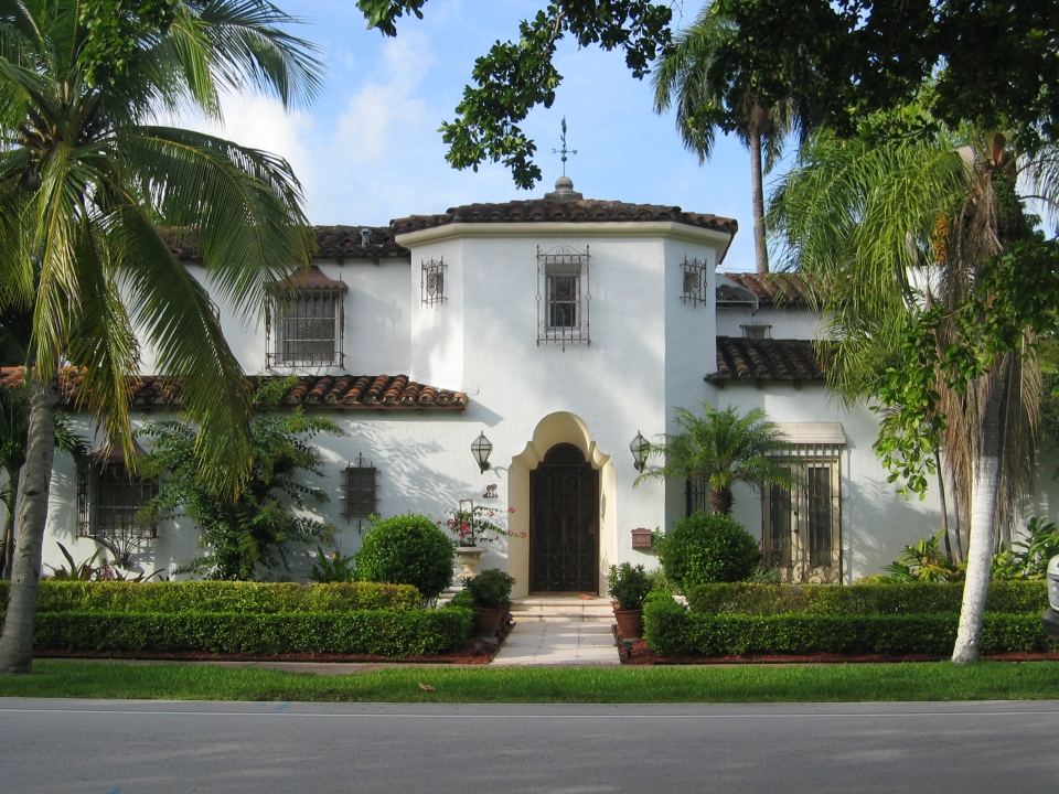 Small windows in large expanse of wall in Coral Gables