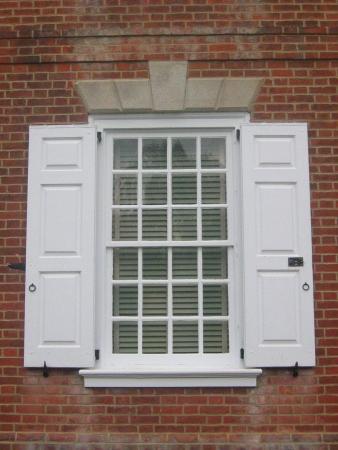 Georgian window at Corbit-Sharp House (1774), Odessa, Delaware
