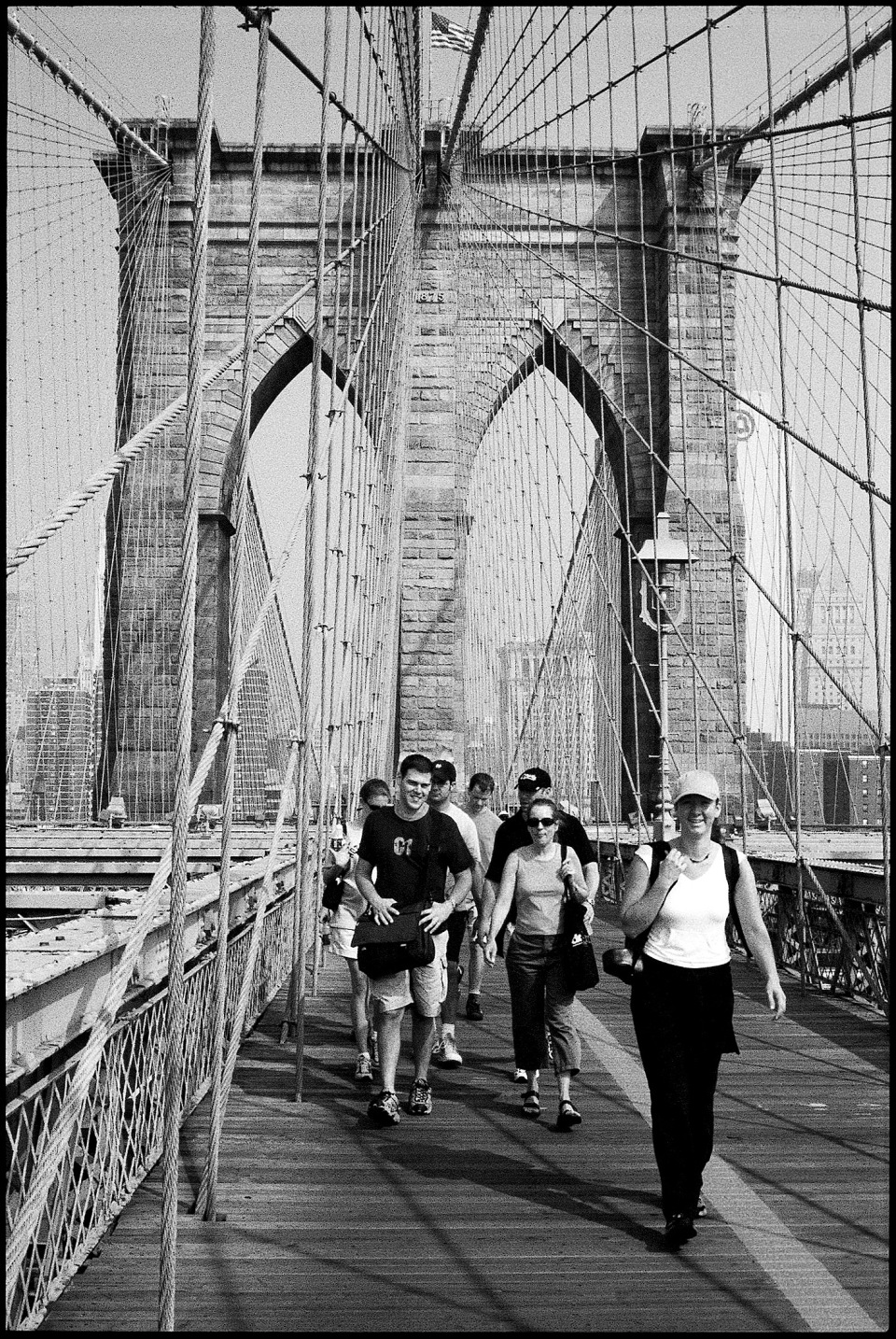 ICAA Summer School students crossing the Brooklyn Bridge
